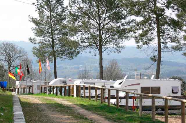 Área de acampada caravanas