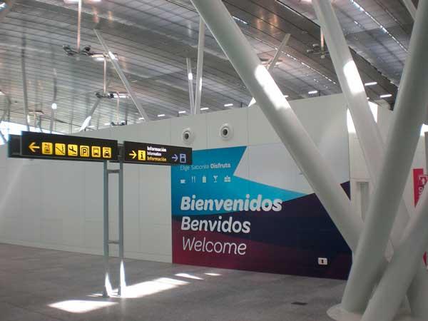 alquilar-autocaravana-santiago-aeropuerto